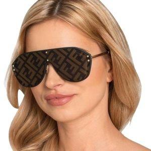 NWT FENDI Aviator Logo Gold Shield Sunglasses